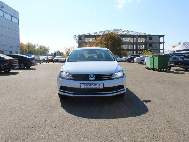 Купить б/у Volkswagen Jetta, 2016 год, 110 л.с. в России