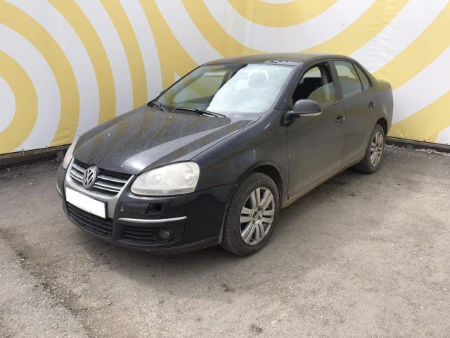 Купить б/у Volkswagen Jetta, 2007 год, 102 л.с. в России