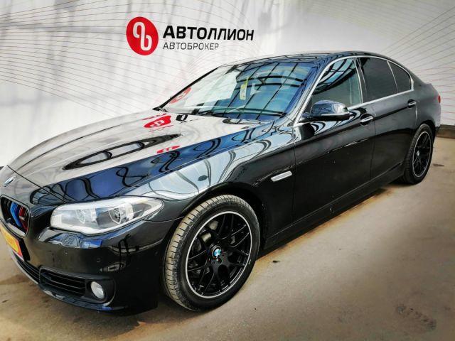 Купить б/у BMW 5 серия, 2015 год, 245 л.с. в России