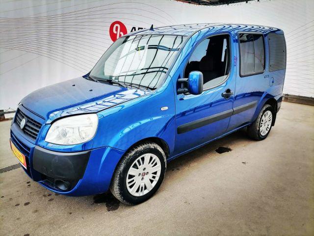Купить б/у FIAT Doblo, 2007 год, 77 л.с. в России