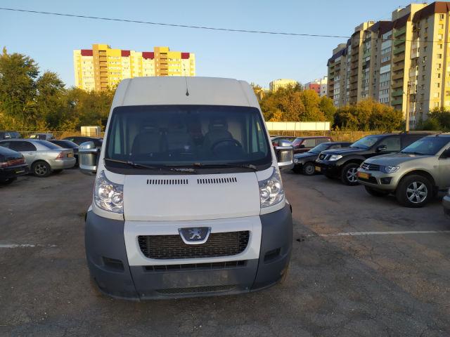 Купить б/у Peugeot Boxer, 2011 год, 120 л.с. в России