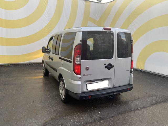 Купить б/у FIAT Doblo, 2009 год, 85 л.с. в России