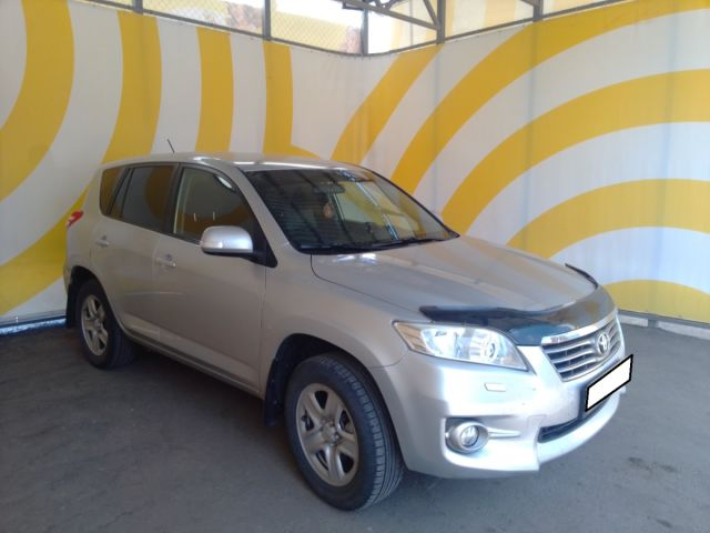 Купить б/у Toyota RAV4, 2012 год, 148 л.с. в России