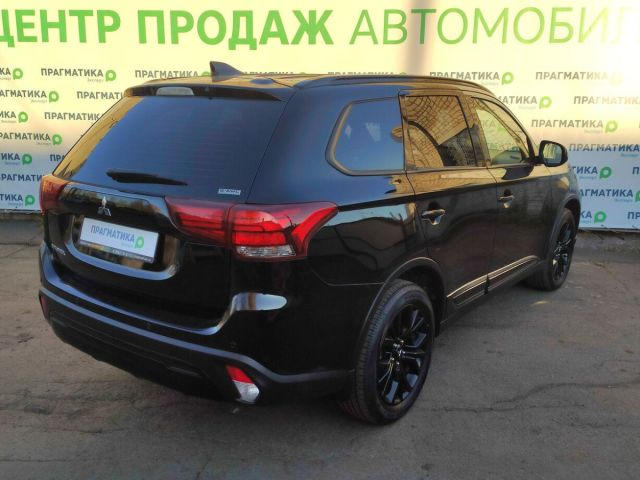 Купить б/у Mitsubishi Outlander, 2020 год, 146 л.с. в Петрозаводске