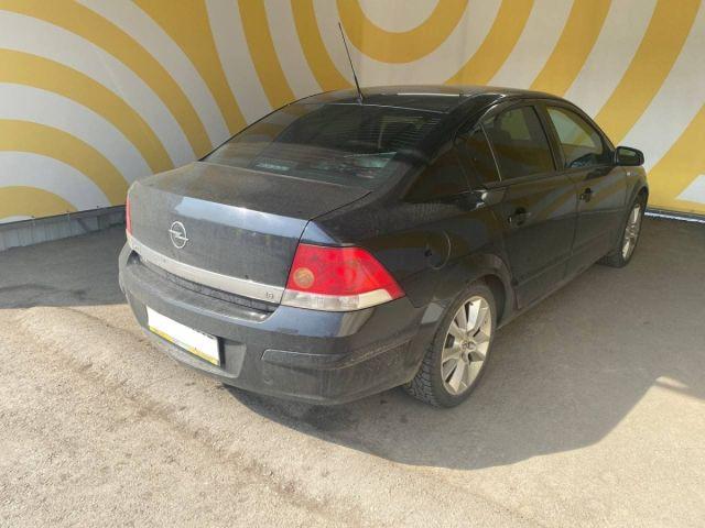 Купить б/у Opel Astra, 2008 год, 115 л.с. в России